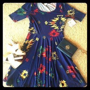 LuLaRoe Dresses - NWT Lularoe Nicole dress size XL